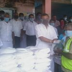 Mr. Karti Chidambaram while distributing essential items to Thirubhuvanam Town Panchayat officials and  sanitary workers of Thirubhuvanam Town Panchayat on 12.05.2020