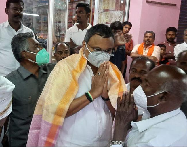 Mr Karti P Chidambaram, MP, Sivaganga, at the bullock cart race that happened in Managiri village of Sivaganga District on 16.01.2021.