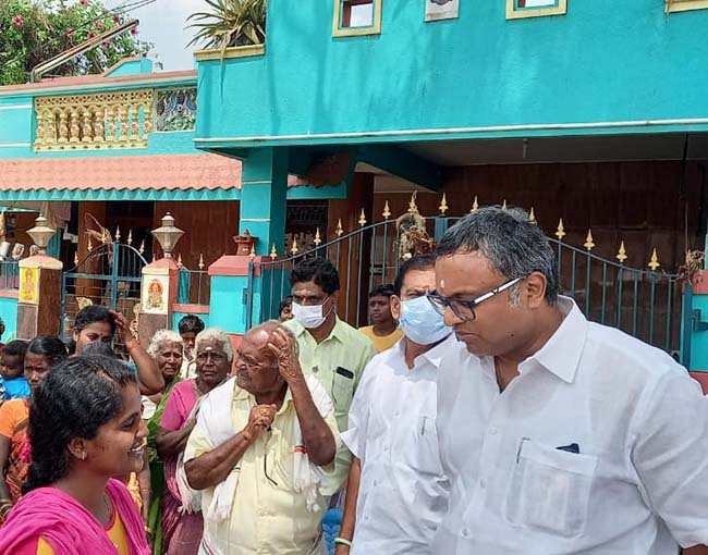 Mr Karti P Chidambaram, MP, Sivagangai, on 19.02.2021 met with the public of Sokkampatti village of Thirumayam Assembly Constituency, Pudukottai district and heard to their grievances.