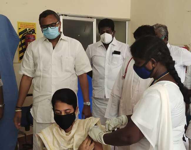 Mr Karti P Chidambaram, MP, Sivaganga, inaugurated the COVID Vaccination camp organised at Peerkalaikadu PHC in Sakkottai Union on 29.05.2021