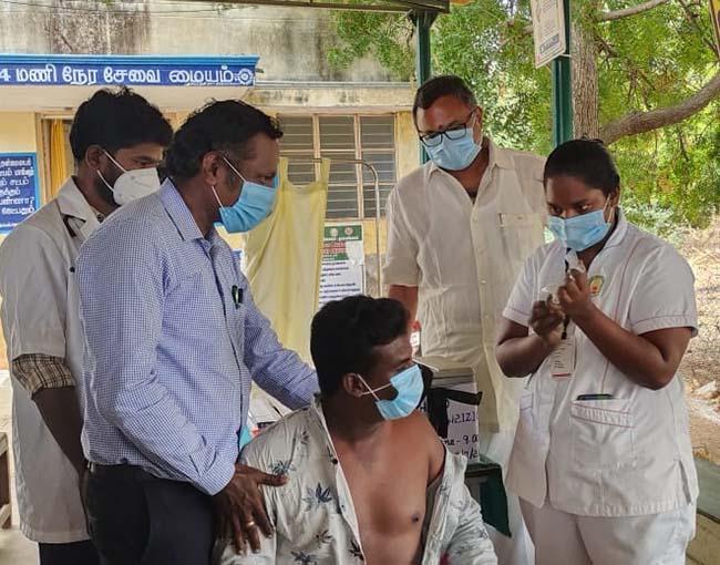 Mr Karti P Chidambaram, MP, Sivaganga, visited Thayamangalam Government Primary Healthcare Centre at Ilayangudi Union in Sivaganga on 4.7.21