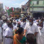 Mr Karti P Chidambaram, MP, Sivaganga, along with Sivagangai District Congress Committee Head, Mr Sathiyamoorthy, garlanded the statue of Perunthalaivar Thiru Kamarajar in Sin (3)