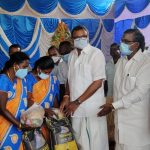 Mr Karti P Chidambaram, MP, Sivaganga, on behalf of Sri Meentachi Sundareswarar Higher Secondary School, Keelaseevalpatti, distributed essential items to the front (1)